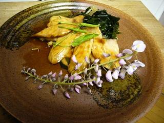 トリュフオイルは和食に使える!生わかめとブリ照りオレンジ風味