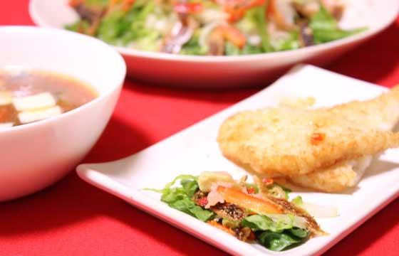 乾燥イチジクにスモークサーモンのコクを回す ごちそう増田サラダ