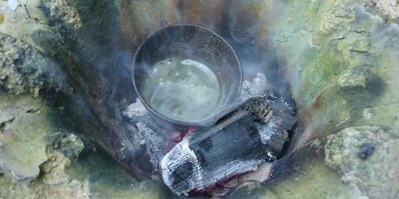 ロウソク作りと禍々しい雰囲気