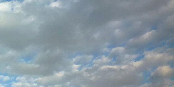 層積雲・くもり雲
