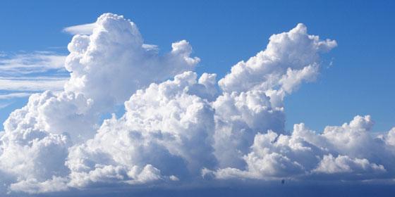 空の青さは透明と言えるのだろうか