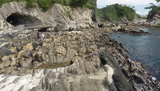 三浦半島のスコリア層